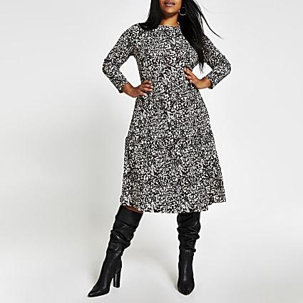 Plus beige leopard print midi smock dress