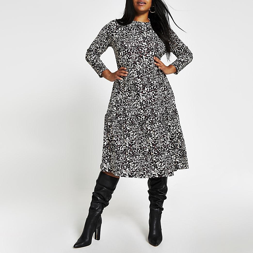 RI Plus - Beige gesmokte midi-jurk met luipaardprint