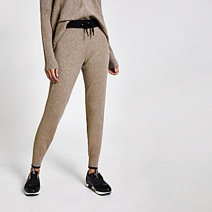 Brown contrast trim knitted joggers
