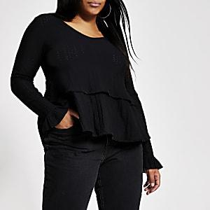 Plus – Schwarze, gesmokte Bluse mit gestickten Rüschen