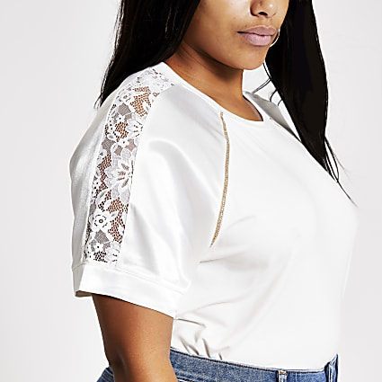 Plus cream lace satin sleeve T-shirt