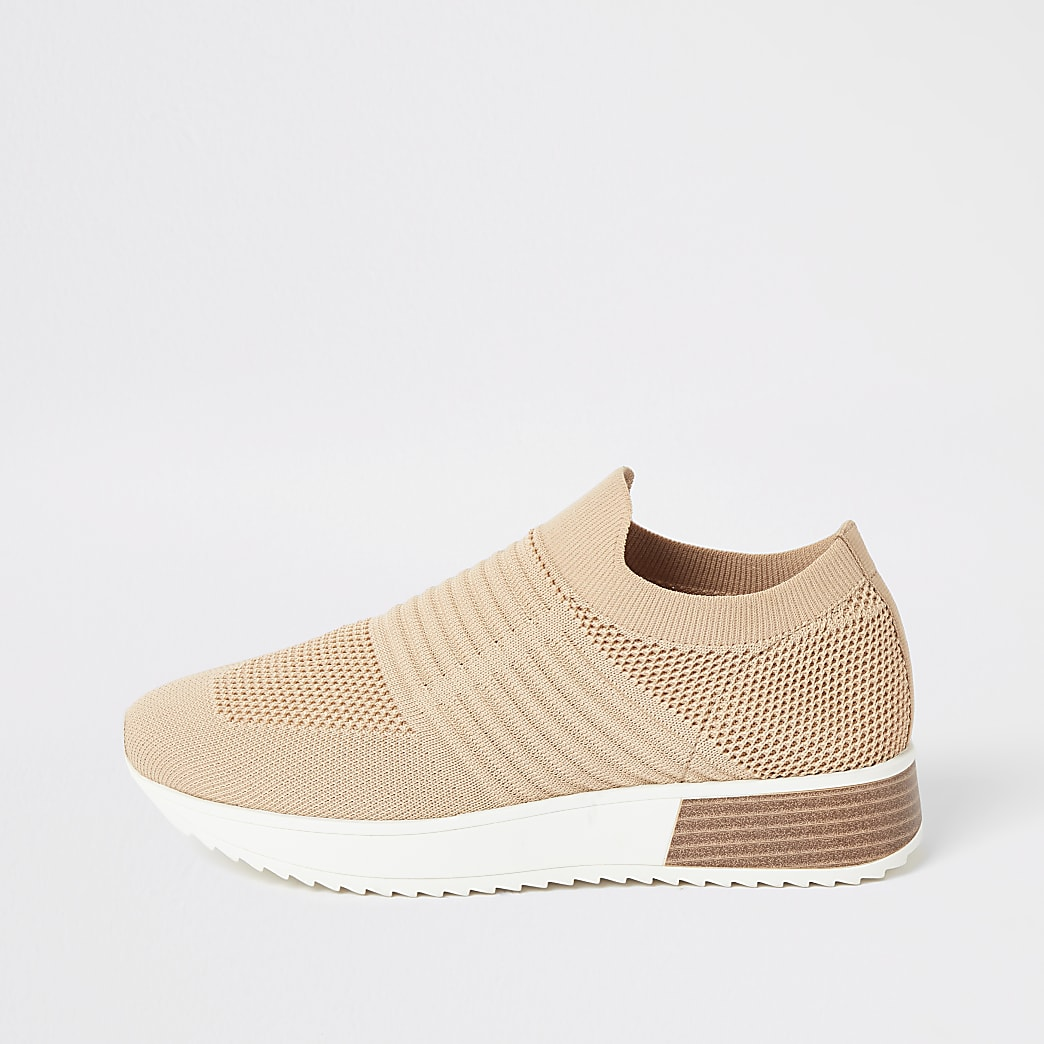 Beige knitted runner trainers