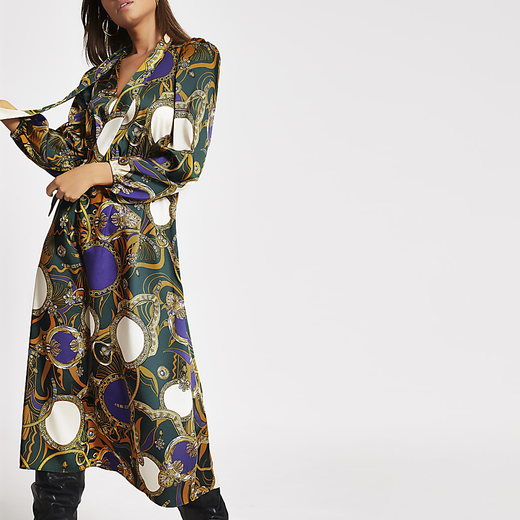 Groene midi-jurk met sjaalprint en stropdas langs V-hals