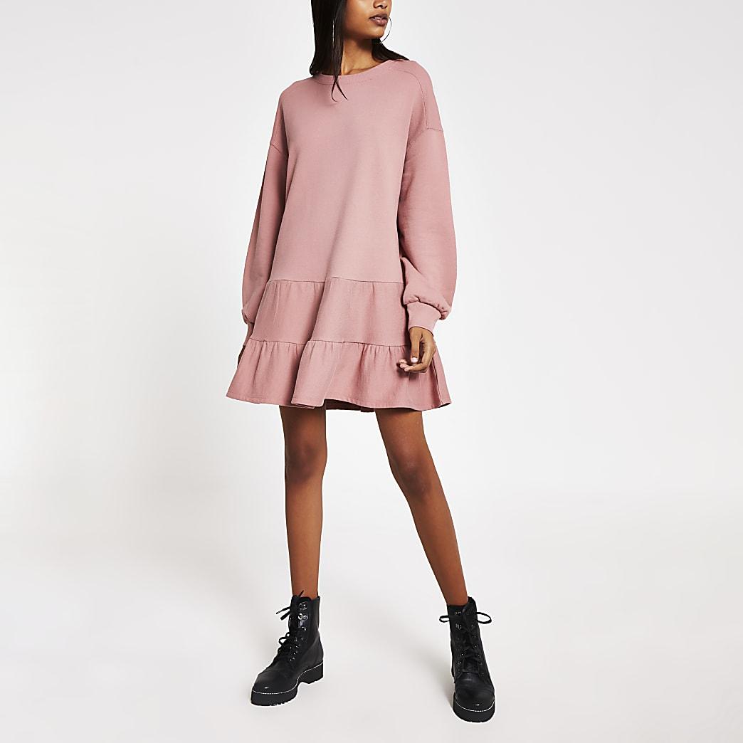 Gesmoktes Sweatshirt-Minikleid in Rosa mit langen Ärmeln