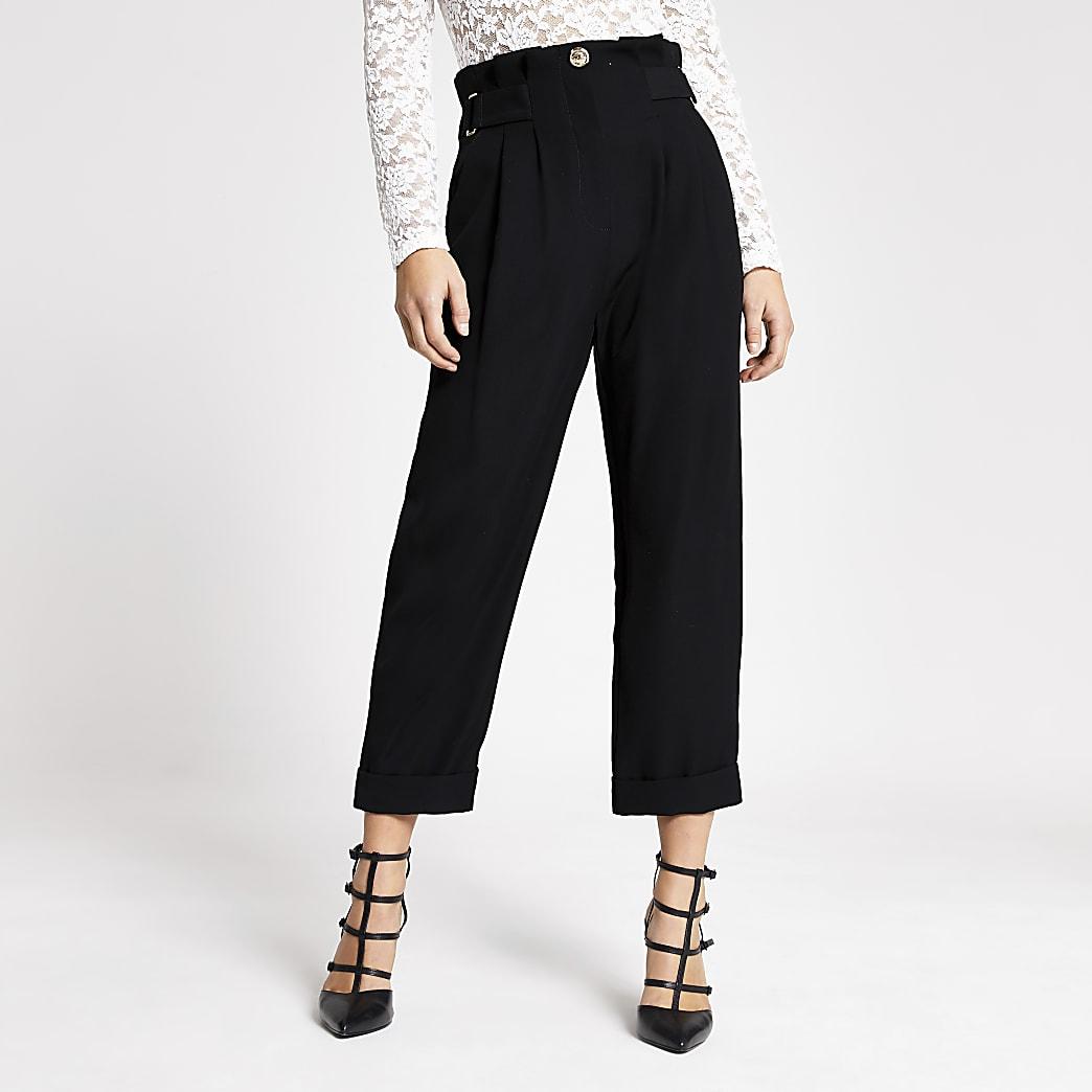 RI Petite - Zwarte tapstoelopende broek met gesp