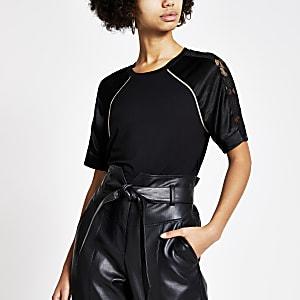 Schwarzes T-Shirt mit Ärmeln aus Satin und Netzstoff