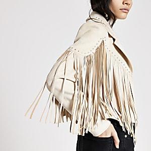 Cremefarbene Jacke aus Wildlederimitat mit Fransen und Nieten
