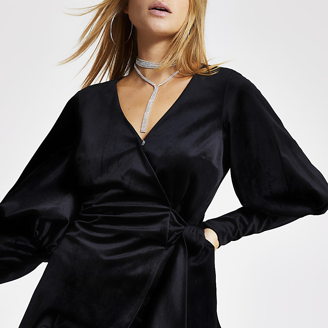 Black velvet long sleeve tie wrap top