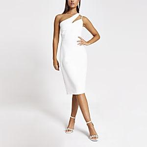 Robe moulante asymétrique blanche à strass