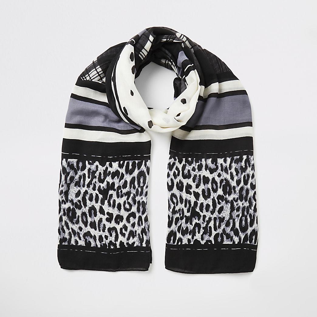 Zwarte sjaal met gemende print