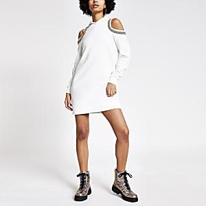 Crèmekleurige verfraaide schouderloze hoodie-jurk
