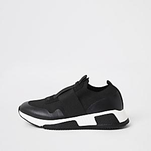 Zwarte elastische gebreide sneakers