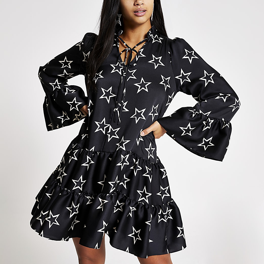 Petite black star printed mini smock dress