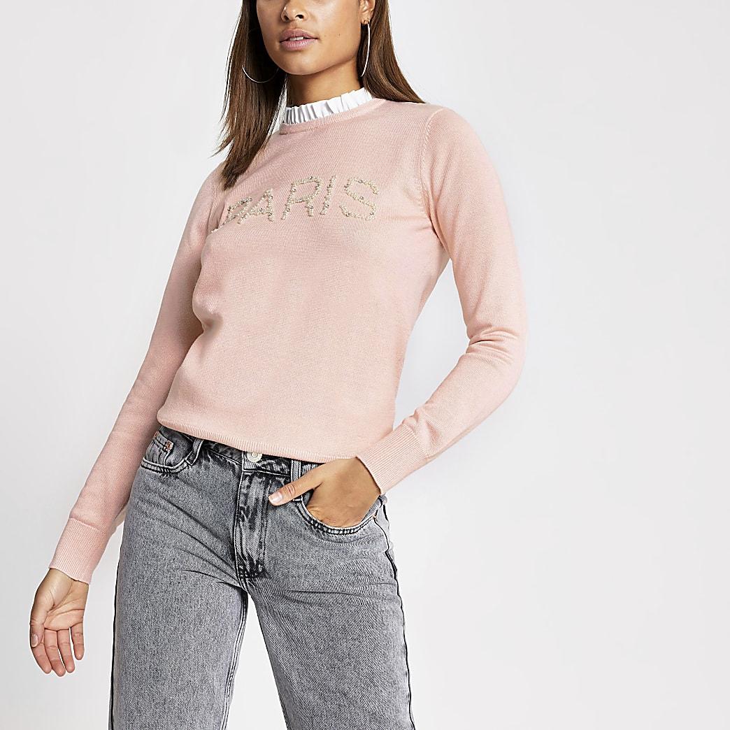 Top en maille rose clair avec imprimé« Paris » orné