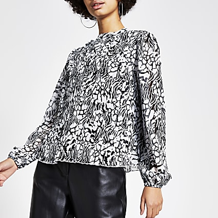 Black printed pleated long sleeve blouse