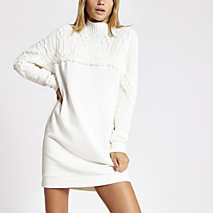 Crèmekleurig gebreide kabeltrui sweater-jurk