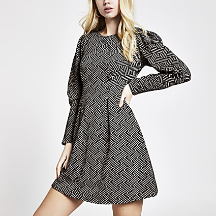 Brown geo long sleeve waisted mini dress