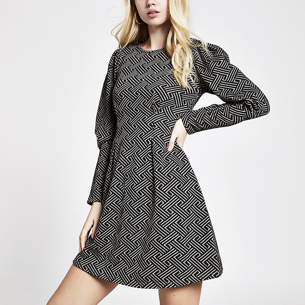 Brown geo long sleeve waisted mini dress