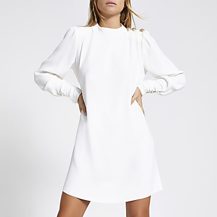 White button shoulder swing dress