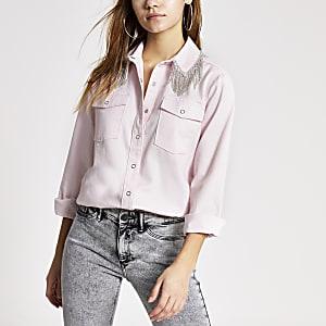 Jeansbluse in Rosa mit Strassfransen am Kragen