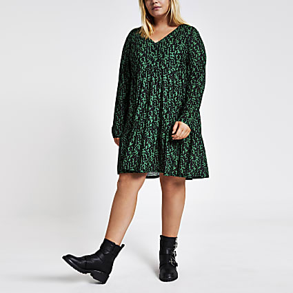Plus green printed mini smock dress