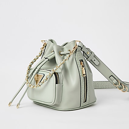 Green chain bucket bag