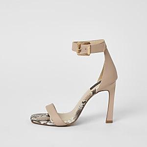 Roze minimalistische sandalen met brede pasvorm en hak
