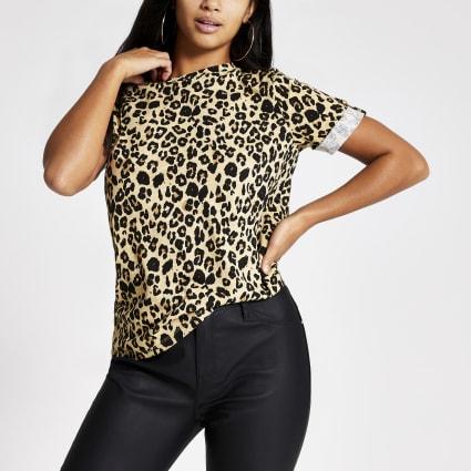 Petite beige leopard print T-shirt