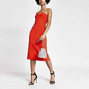 Rotes Bodycon-Kleid mit Bandeau-Ausschnitt