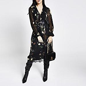 Robe mi-longue noire imprimée à smocks