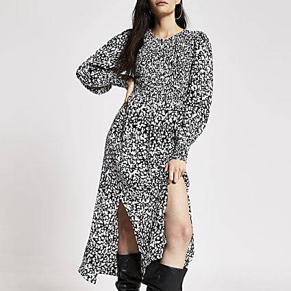 Black printed shirred long sleeve midi dress