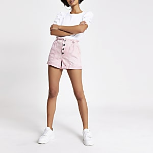 Shorts en denimrose à taille haute ceinturée et boutons