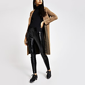 Zwarte vinyl legging van ponte-stof