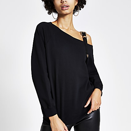 Black buckle strap long sleeve sweatshirt