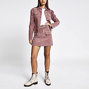 Figurbetonte Jacke aus Cord mit Puffärmeln in Rosa
