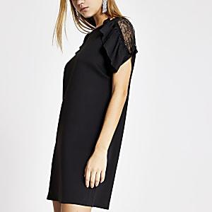 Schwarzes, kurzärmeliges Kleid mit Rüschen und Spitze