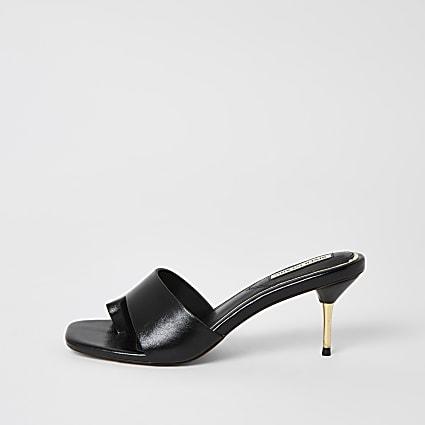 Black toe loop heeled mule sandals