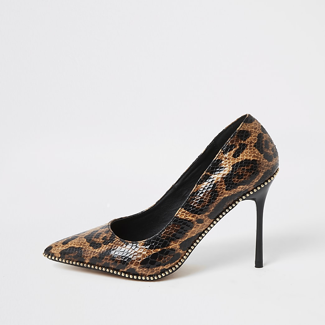 Brown leopard print beaded heeled court shoes