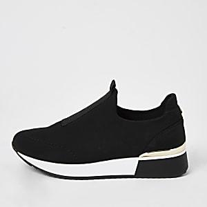 Schwarze Scuba-Laufschuhe zum Reinschlüpfen