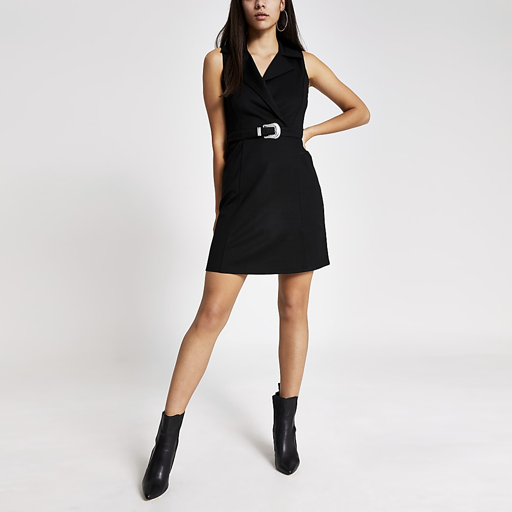 Black sleeveless belted mini pinafore dress