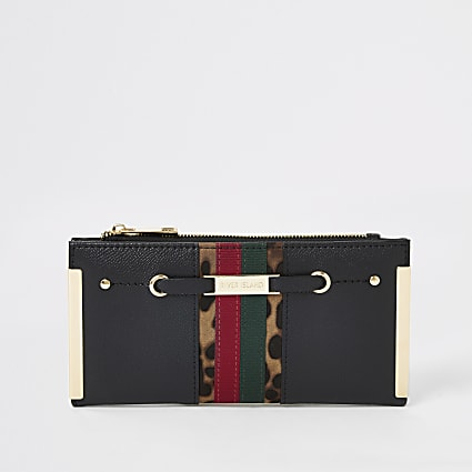 Black stripe block foldout metal corner purse