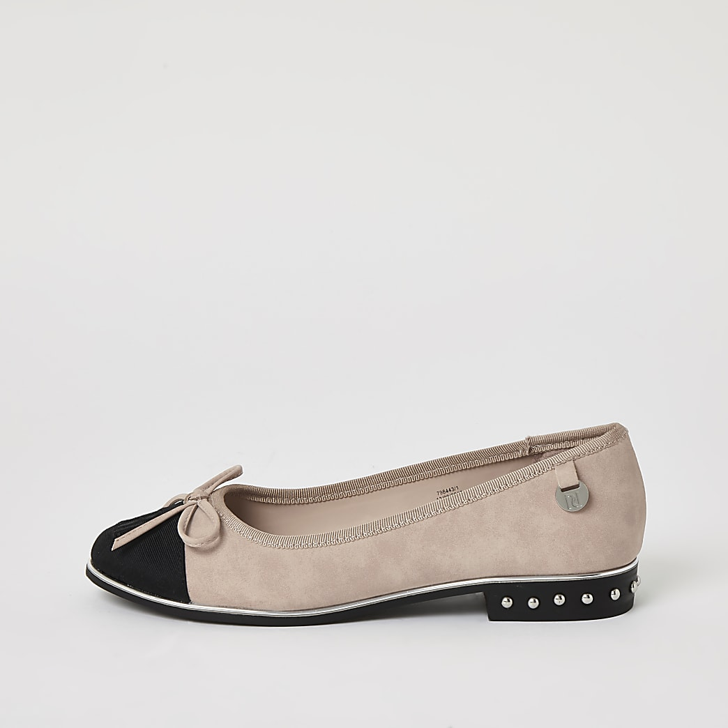 Pink RI studded bow front ballerina shoes