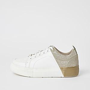 Goud metallic gekleurde sneakers met vetersluiting