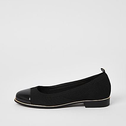 Black knitted patent toe ballerina shoes