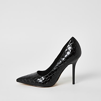 Black patent textured court shoes