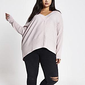 Plus – Pullover im Rippenstrick in hellem Pink mit V-Ausschnitt