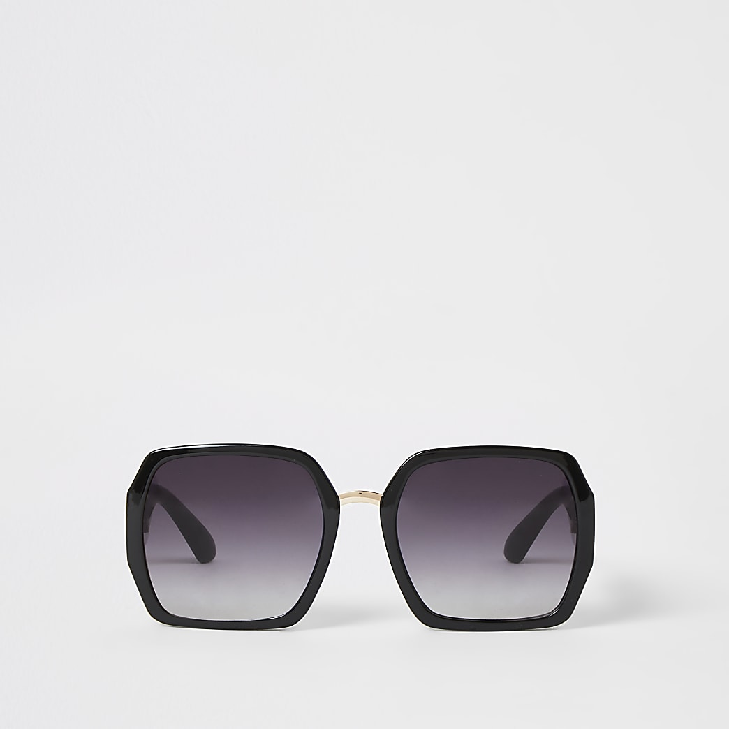 Black square shape glam sunglasses