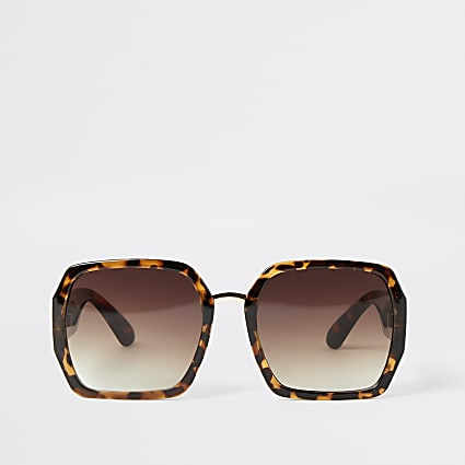 Brown tortoiseshell square shape sunglasses