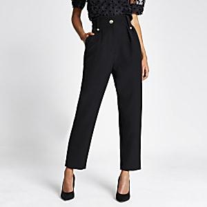 Pantalon carotte noir avec boutonsà écusson