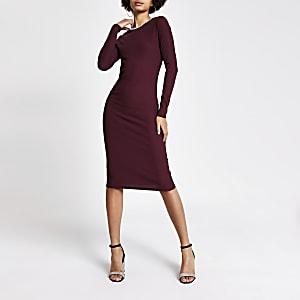 Rode bodycon midi-jurk met stras bij de hals